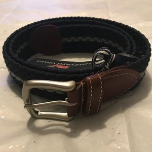 Vineyard Vines belt for men